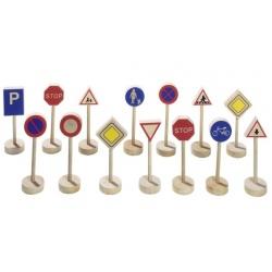 Drewniane znaki drogowe