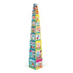 PRZYJACIELE Z MIASTA piramida z pudełek