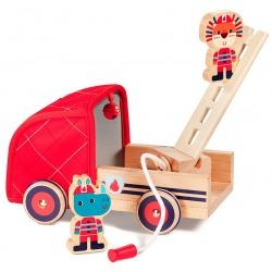NOSOROŻEC MARIUS drewniany wóz strażacki z rozwijanym wężem, drabiną i dzwonkiem